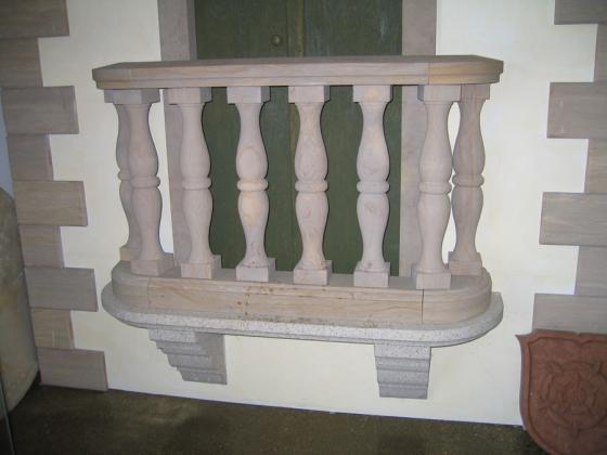 Balkon aus Naturstein